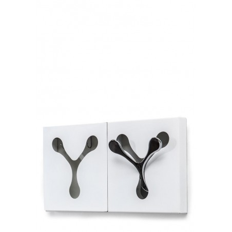 White Metal Key Cabinet / Hanger