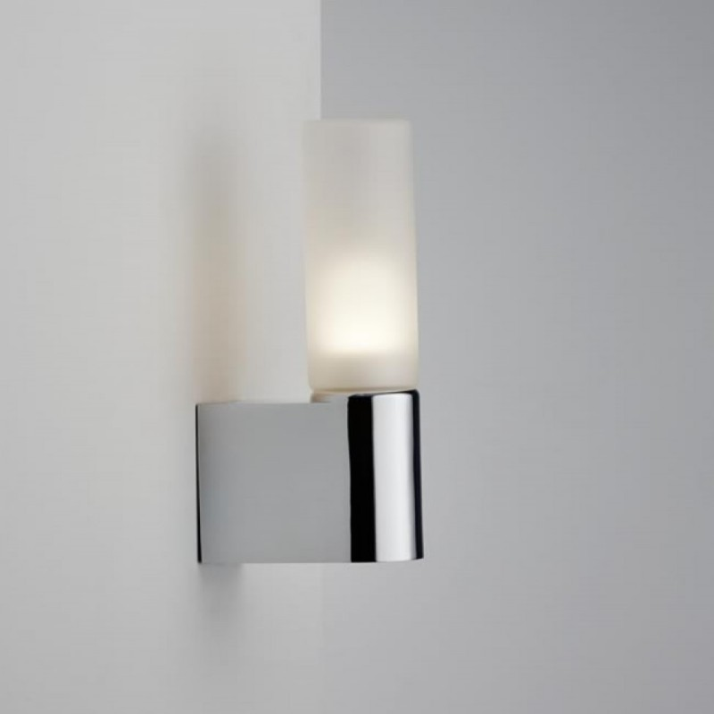 IP S1 Chrome Wall Bathroom Lamp