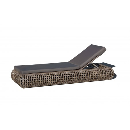 Skyline Design Dynasty Lounger