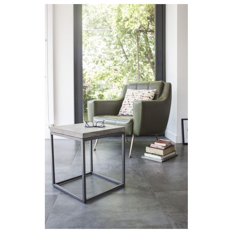 Lyon Beton Concrete Perspective Side Table
