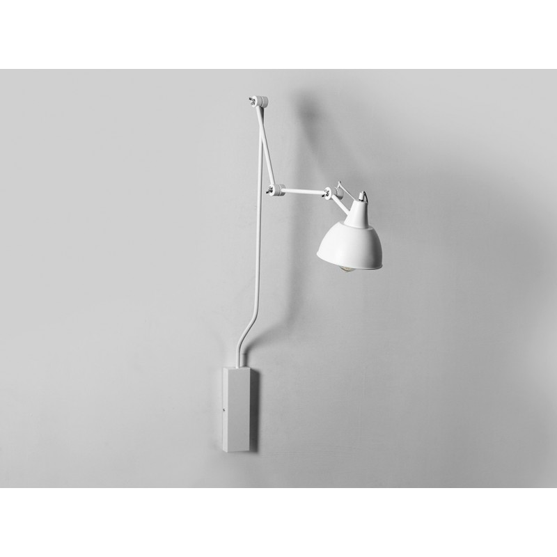Custom Form Coben wall lamp in White Metal