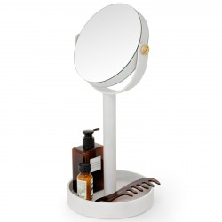 Wireworks Magnify Mirror Close-up