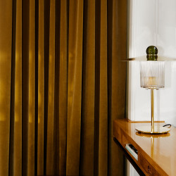 Design by Us Ball on Top Table lamp