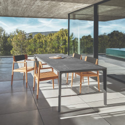 Gloster Carver Outdoor Dining Table Nero Ceramic 280 CM