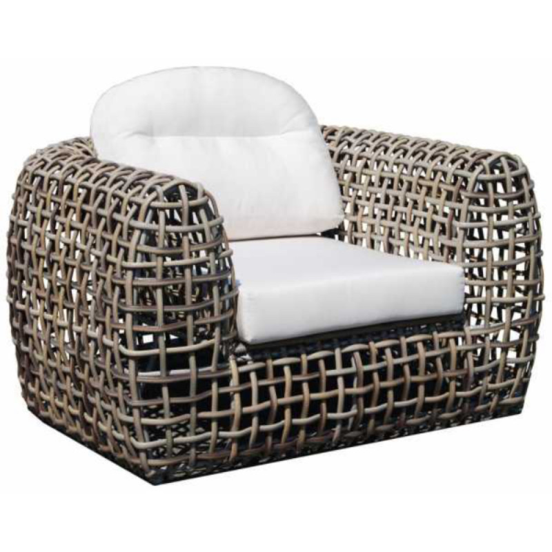 Skyline Design Dynasty Arm Chair Kubu