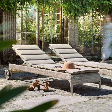 copy of Vincent Sheppard Safi Rattan Outdoor Sun Lounger