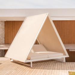 Vondom Vineyard Daybed with Fabric Roof
