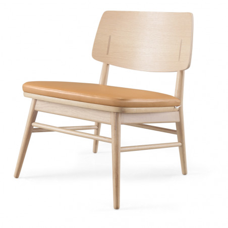 Wewood Country Lounge Chair with Oak or Walnut Frame