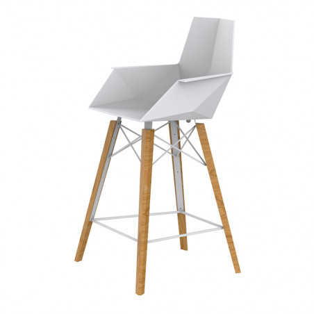 Vondom Faz Counter Stool With Arms | Natural Wooden Base