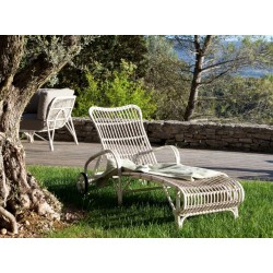 Vincent Sheppard Lucy White Wicker Outdoor Sunbed