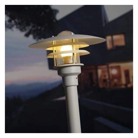 Lønstrup 32 Modern Outdoor Light | 3 Finishes