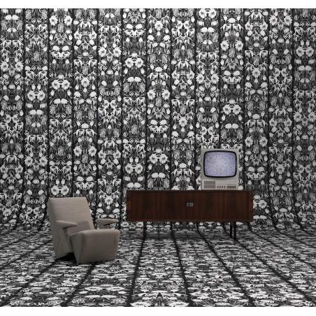 Studio Job Wallpaper Withered Flowers Black